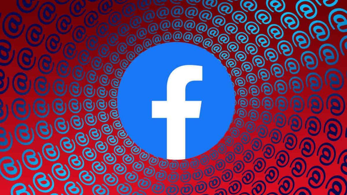 Facebook arroba